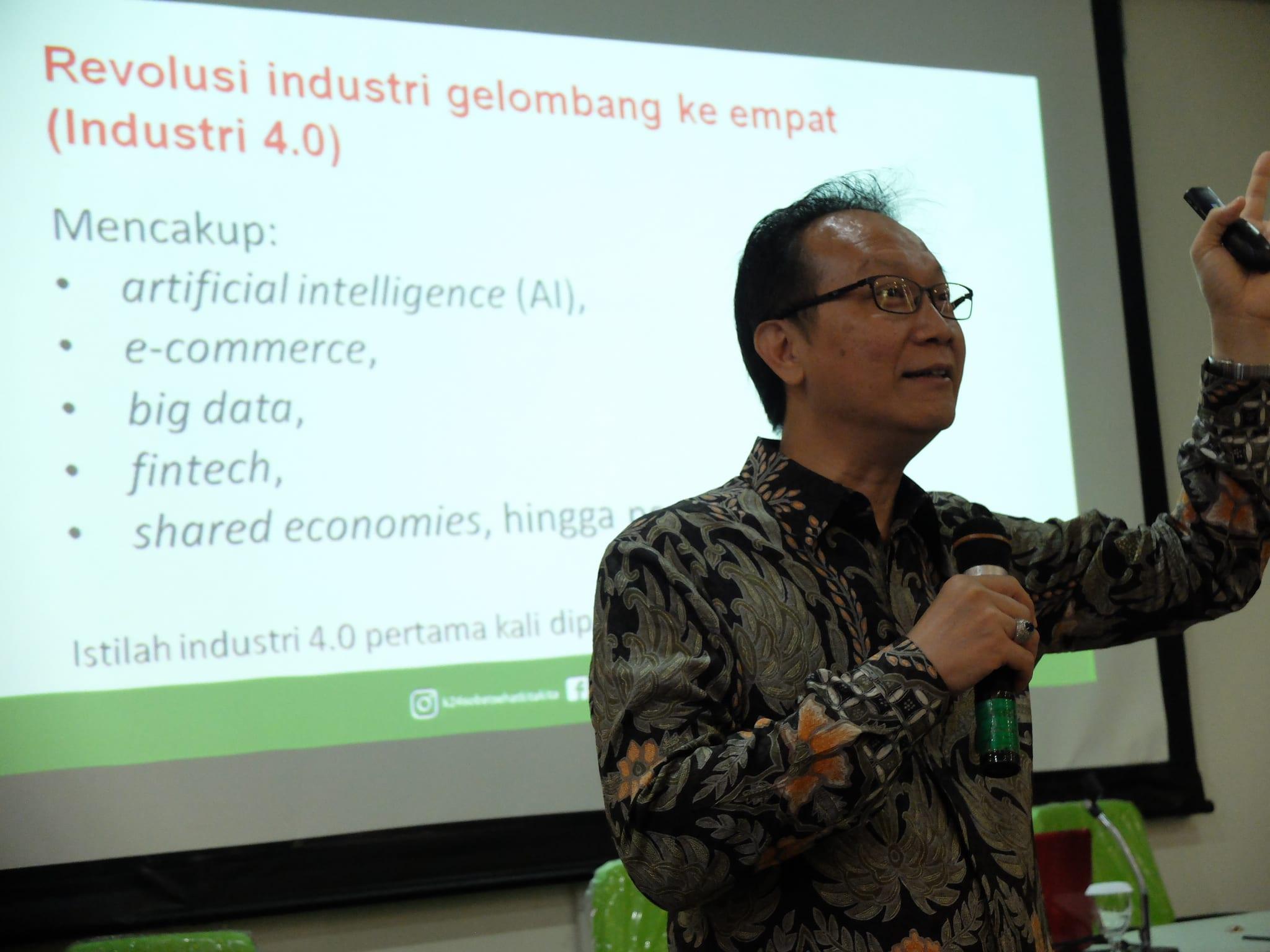 Kuliah Umum Enterpreneurship dr Gideon Hartono owner Apotek K-24